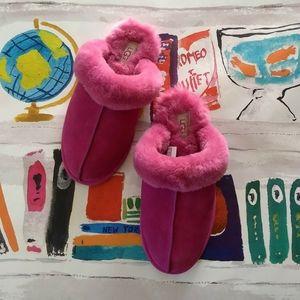 NEW UGG Scuffette II Fuschia Pink Slippers US 8